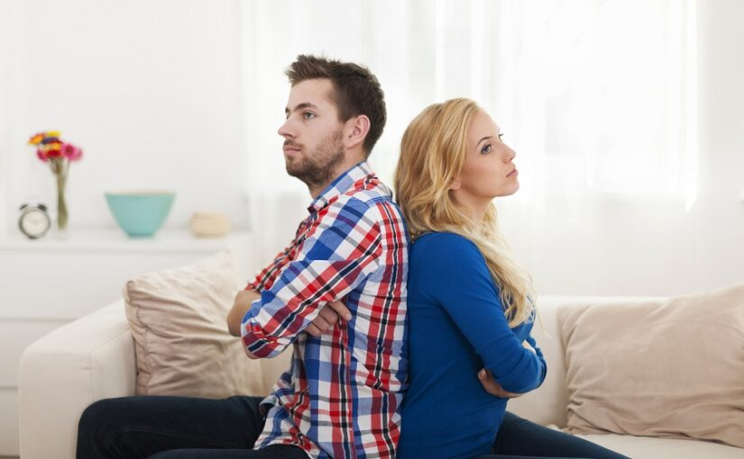 cine ramane in casa dupa divort